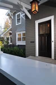 black door with dark neutral exterior what color to