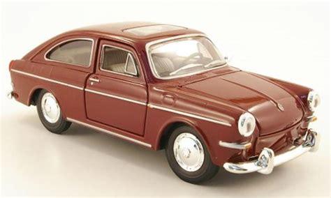 volkswagen maisto volkswagen 1600 fastback red maisto diecast model car 1 24
