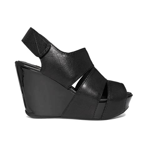 kenneth cole reaction wedge sandals kenneth cole reaction sole platform wedge sandals in