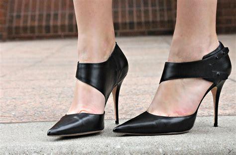 Who Is The Best Shoe Designer Of 2007 10 best designer shoes reviewed in 2018 nicershoes