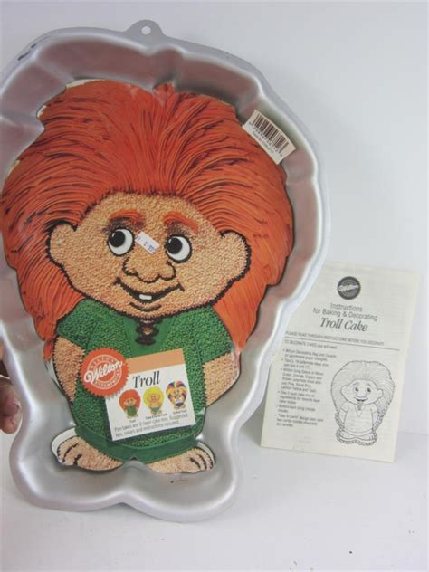 wilton cake pan troll character  birthday orig instructions insert exc ebay