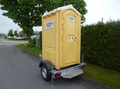 mobiel toilet auto mobiel chemisch toilet toiletcabines douchecabines