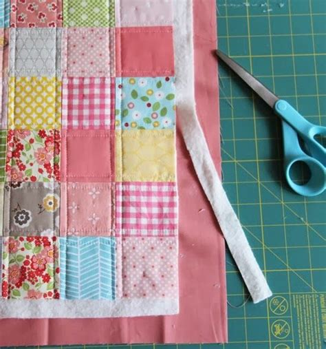Patchwork Binding - 25 best ideas about small quilt projects on