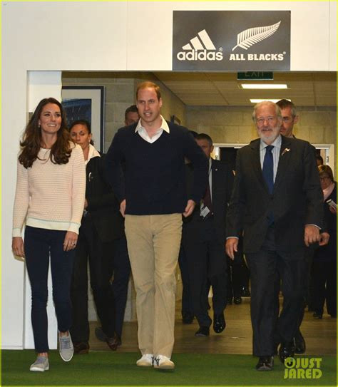 speed boat while pregnant kate middleton prince william continue busy sunday with