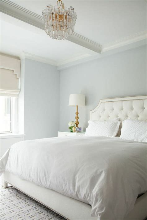 pale blue bedroom 1000 ideas about bright blue bedrooms on pinterest