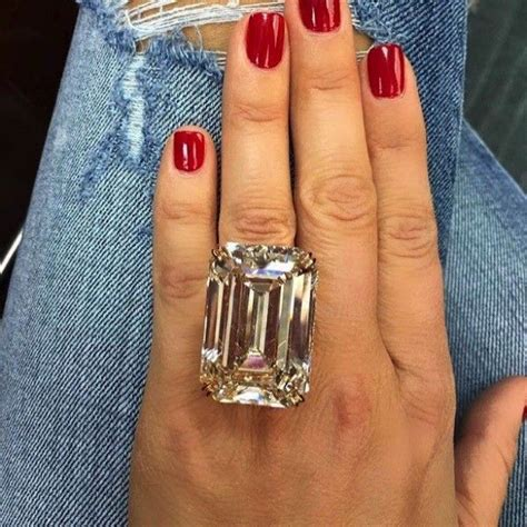 wedding ring too big uk can an engagement ring ever be too big jewelry