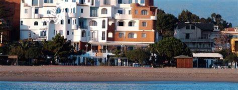 sporting baia hotel giardini hotel sporting baia w蛯ochy sycylia 187 opis oferty 187 fly pl