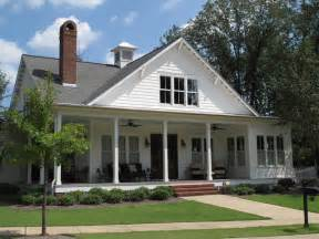 Farmhouse Style House Traditional Southern Style Farmhouse Exterior Birmingham By Fowler Custom Homes Inc
