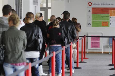iscrizione ufficio di collocamento per disoccupazione disoccupazione per i giovani c 232 il programma europeo ma
