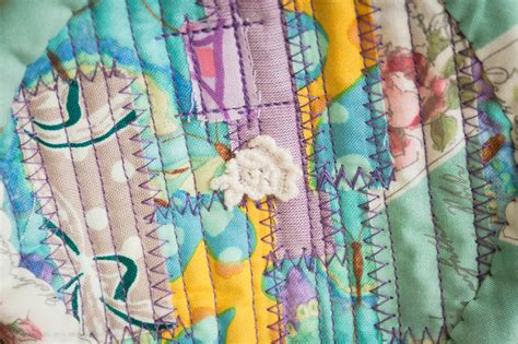 Patchwork Quilt Song - bag song song handmade