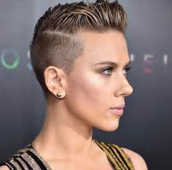 why johansson cut hair best 25 buzzed pixie ideas on pinterest buzzed hair
