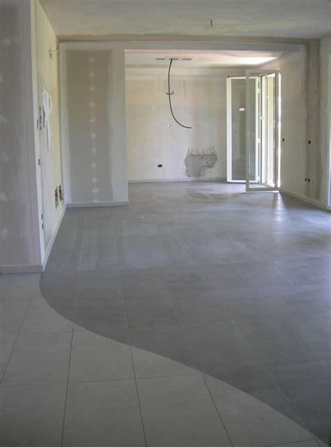 piastrelle grigio antracite pavimenti grigio antracite piastrelle grigio guarda le
