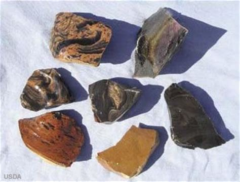 oregon gemstones: sunstone, thundereggs, opal and more