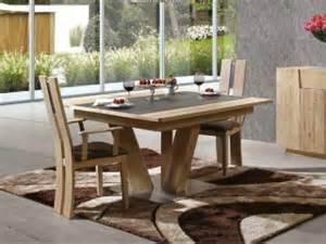 table 224 manger carr 233 e en bois massif flower avec pied