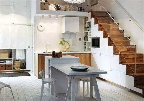 come arredare una mansarda in legno 69 migliori immagini cucine moderne piccole su