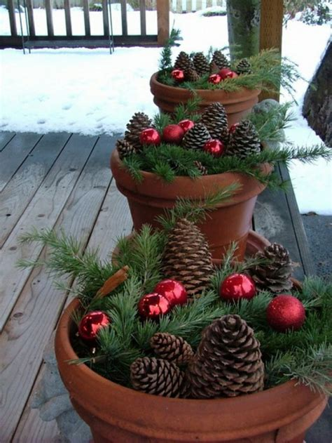 christmas outdoor decorations 20 diy outdoor christmas decorations ideas 2014