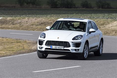 porsche macan 2015 2015 porsche macan review automobile magazine