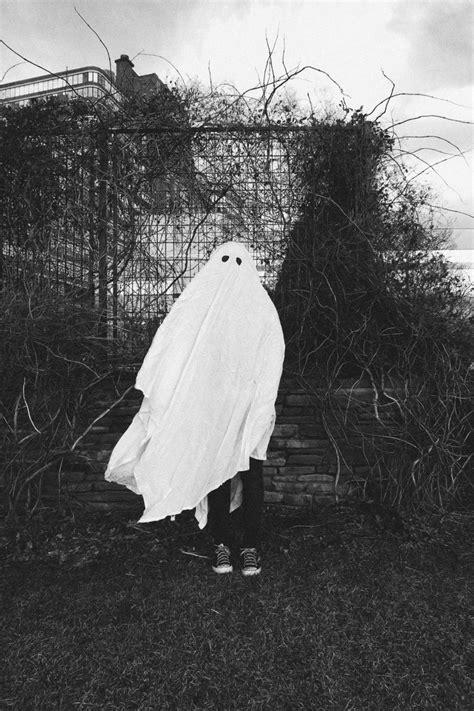 Sheet ghost via vswest @ ONTDcreepy | Creepy vintage