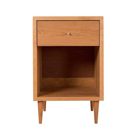 larssen 1 drawer nightstand vermont woods studios