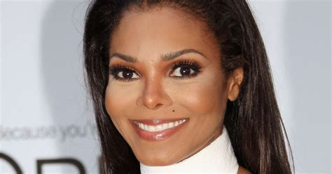 Home Decor Houston by Janet Jackson Promises Houston Fans She S Doing Something