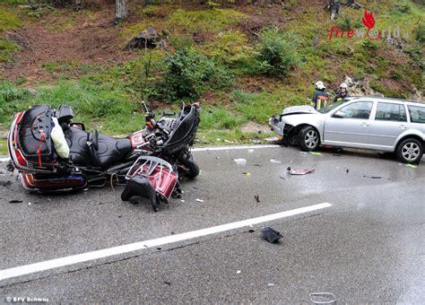 Motorrad Unfall 3 Tote by Tirol Zwei Tote Bei Motorrad Pkw Unfall Auf Der