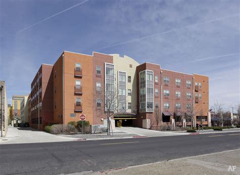 Reno Appartments by Courtyard Centre Apartments Reno Nv Apartment Finder