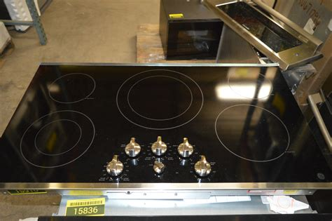 smoothtop electric cooktop ge jp3536sjss 36 quot stainless smoothtop electric cooktop nob