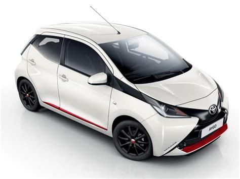 auto 5 porte configuratore nuova toyota aygo 5 porte e listino prezzi 2018