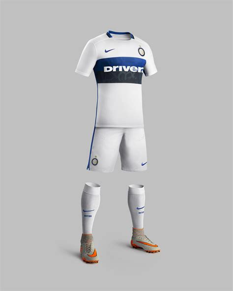 Jumpsuit Inter Milan Away classic details receive daring update in nike inter milan away kit for 2015 16 nike news