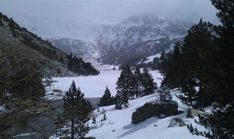 el corazn del invierno parque nacional de aig 252 estortes y lago de san mauricio casapons