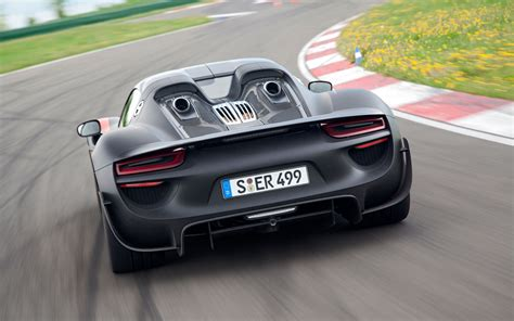 porsche back porsche 918 spyder rear view photo 19