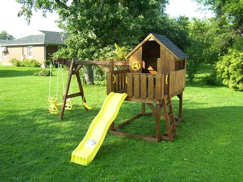 backyard world playsets clubhouse series