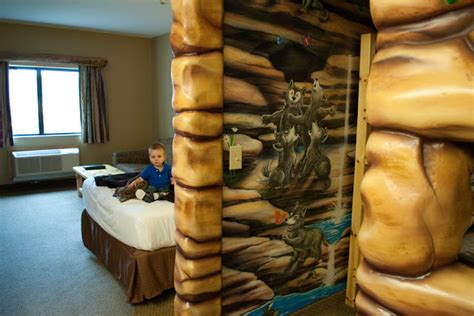 wolf den room great wolf lodge the family great wolf lodge