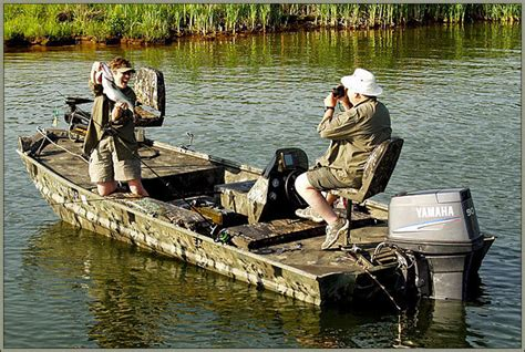 duck boat definition research war eagle boats 754dv hunting and duck boat on