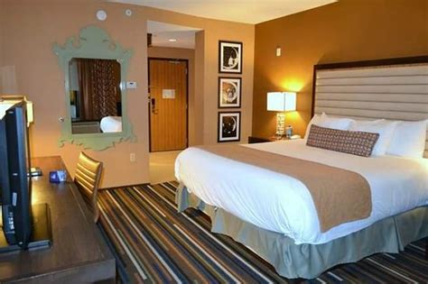 Hotel Rooms In St Louis by Inside Room Picture Of Moonrise Hotel Louis