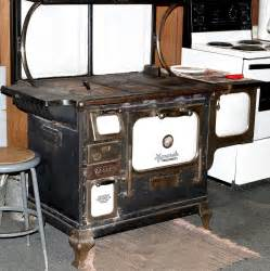 Built In Gas Cooktop File Iron Stove Jpg Wikimedia Commons