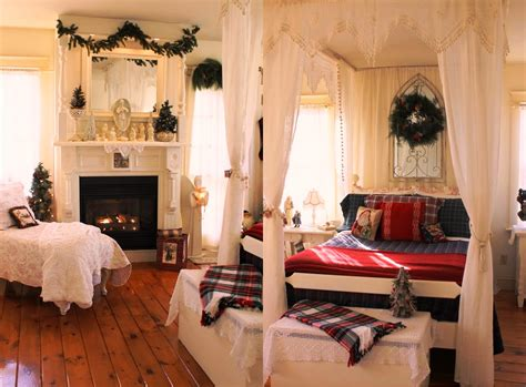 pictures of decorated bedrooms 30 christmas bedroom decorations ideas