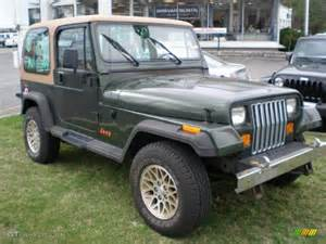 Moss Jeep Moss Green Pearl 1995 Jeep Wrangler S 4x4 Exterior Photo