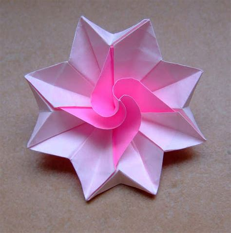 Easy Origami Flower - how to make origami flowers simple origami flower design