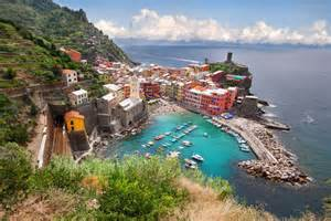 picture of the day the seaside town of vernazza