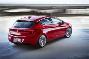 Opel Vauxhall Astra All New Opel Astra Wins Car Of The Year 2016 Award