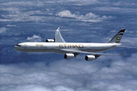 etihad airbus crashes into wall during testing airline world etihad airbus crashes into wall newhairstylesformen2014 com