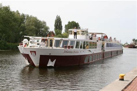 jacht klub elblg port elblag port w elblągu