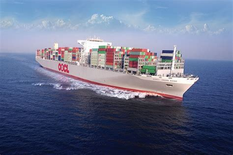 biggest shipping vessel in the world the world s largest container ship oocl hong kong