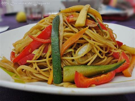 como cocinar fideos de arroz chinos fideos chinos con verduras recetas de cocina casera