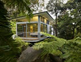www freshome com glass and steel house architecture contemporary design