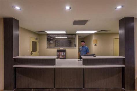 motel 6 front desk entrance picture of motel 6 city city tripadvisor