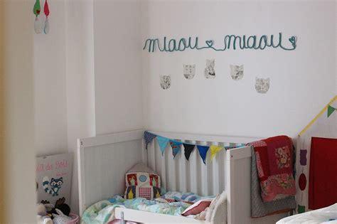 chambre bébé nature placard chambre bebe