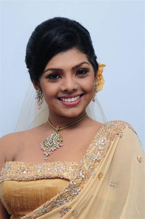 actor nirosha photo tamil hot hits actress nirosha hot hits photos biography