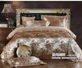 Guides to have your own exclusive luxury bedding home design ideas